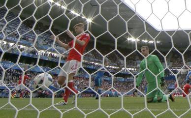 Wales v Slovakia - EURO 2016 - Group B