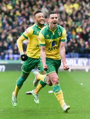 Bolton Wanderers v Norwich City - Sky Bet Football League Championship