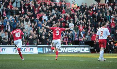 Charlton Athletic v Stevenage npower Football League One