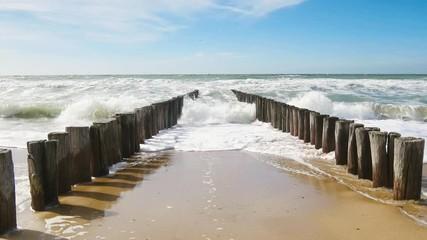 Wall Mural - Strandurlaub am Meer im Sommer, 4k