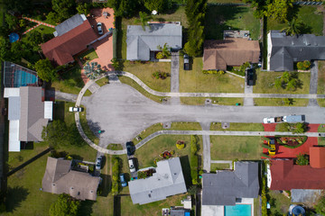 Aerial image of a cul-de-sac in a residential neighborhood