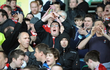 Leeds United v Swindon Town Coca-Cola Football League One