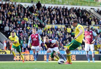 Norwich City v Aston Villa - Barclays Premier League