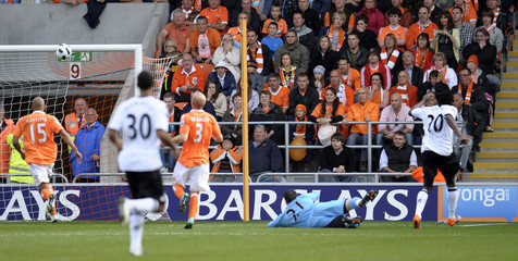 Blackpool v Fulham Barclays Premier League