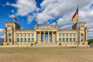 Wall Mural - Historic Reichstag building at sunset, Berlin, Germany