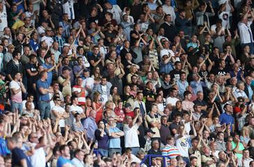 Leicester City v Leeds United - Sky Bet Football League Championship