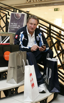 QPR Manager Neil Warnock Launches The Football League's Official Iphone App
