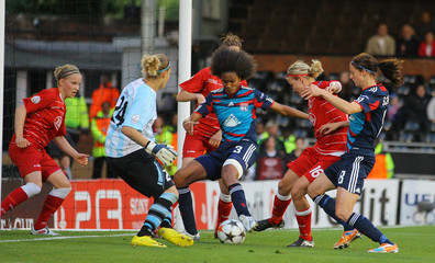 FFC Turbine Potsdam v Olympique Lyonnais UEFA Women's Champions League Final 2011