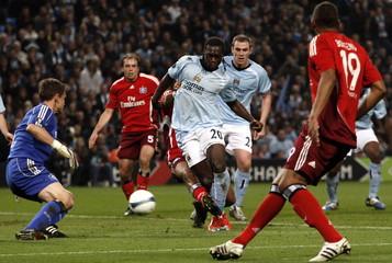 Manchester City v SV Hamburg UEFA Cup Quarter Final Second Leg
