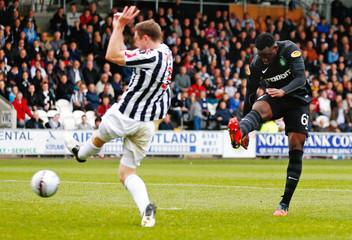St Mirren v Celtic - Clydesdale Bank Scottish Premier League