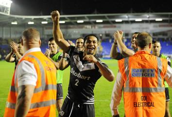 Warrington Wolves v Widnes Vikings - Super League