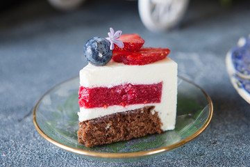 Vanillal cheesecake with strawberry