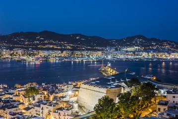 Ibiza, Ville la nuit