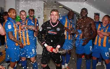 Shrewsbury Town v Dagenham & Redbridge npower Football League Two