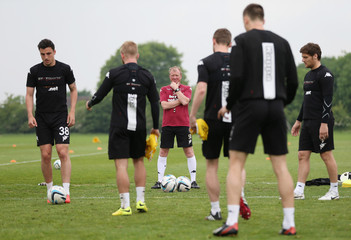 Derby County - Sky Bet Football League Championship Play-Off Final Preview Training