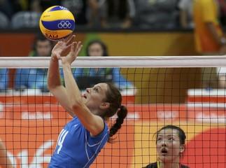 Volleyball - Women's Preliminary - Pool B China v Italy