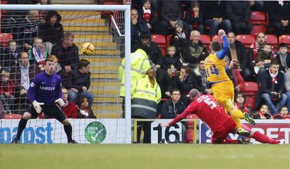 Leyton Orient v Preston North End - Sky Bet Football League One