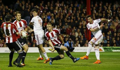 Brentford v Middlesbrough - Sky Bet Football League Championship Play-Off Semi Final First Leg