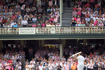 Australia v England Vodafone Ashes Test Series 2010-11 Fifth Test