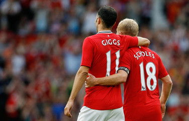 Manchester United v New York Cosmos - Paul Scholes Testimonial