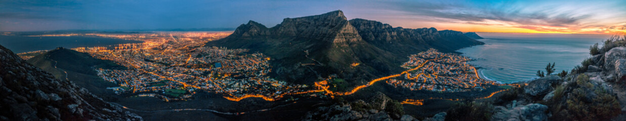 Fotobehang Afrika cape town at dusk