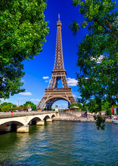 Fotobehang Eiffeltoren Paris Eiffel Tower and river Seine in Paris, France. Eiffel Tower is one of the most iconic landmarks of Paris.