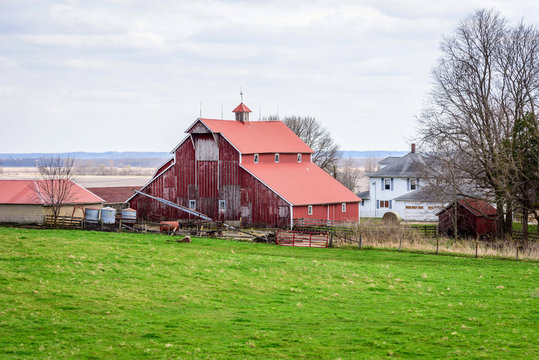 Red barn in rural midwestern countryside