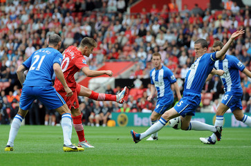 Southampton v Wigan Athletic - Barclays Premier League