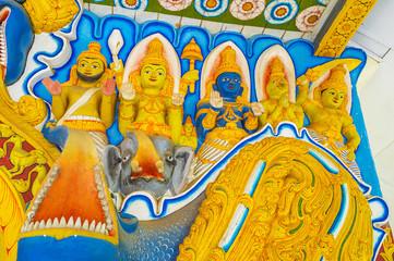 Details of Pamunuwa Temple's decor
