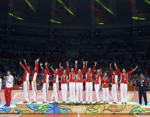 Volleyball - Women's Victory Ceremony