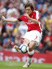 Arsenal v Atletico Madrid The Emirates Cup 2009 - Pre Season Friendly Tournament