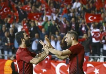 Football Soccer - Turkey v Sweden - International Friendly