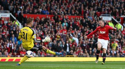 Manchester United v Southampton - Barclays Premier League