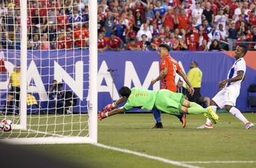 Soccer: 2016 Copa America Centenario-Chile at Panama