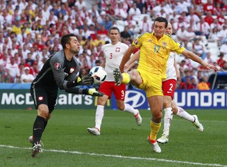 Ukraine v Poland - EURO 2016 - Group C
