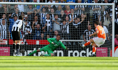 Newcastle United v Blackpool Barclays Premier League