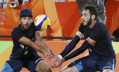 Beach Volleyball - Men's Quarterfinal - Italy v Russia
