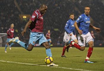 Portsmouth v West Ham United Barclays Premier League