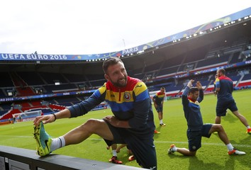 Romania Training - Euro 2016