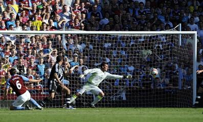 Aston Villa v Newcastle United Barclays Premier League