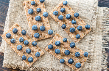 Crispbread with fresh blueberries