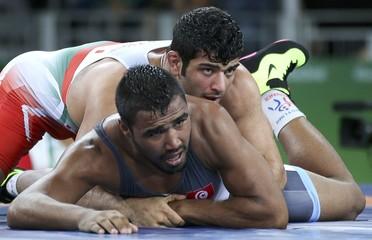 Wrestling - Men's Freestyle 86 kg Qualification