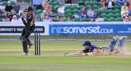 Somerset v Durham Clydesdale Bank 40 Semi Final