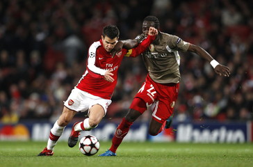 Arsenal v Standard Liege UEFA Champions League Group Stage Matchday Five Group H