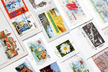 Briefmarken auf einer Postkarte
