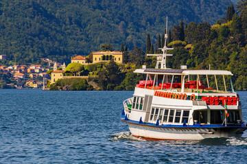 Lago di Como (IT) - Trasporto passeggeri verso Villa Balbianello