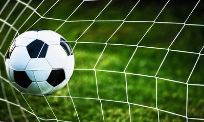 Obraz Piłka w bramce - fototapety do salonu