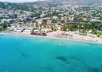Wall Mural - Luftaufnahme von dem Badeort Varkiza bei Athen, Griechenland