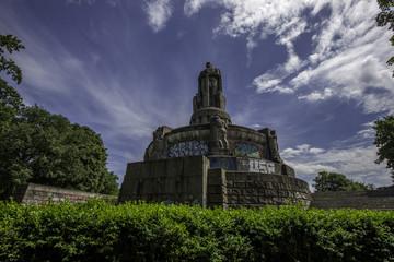 Bismarck Denkmal im Elbpark von Hamburg