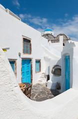 white & blue streets of Oia